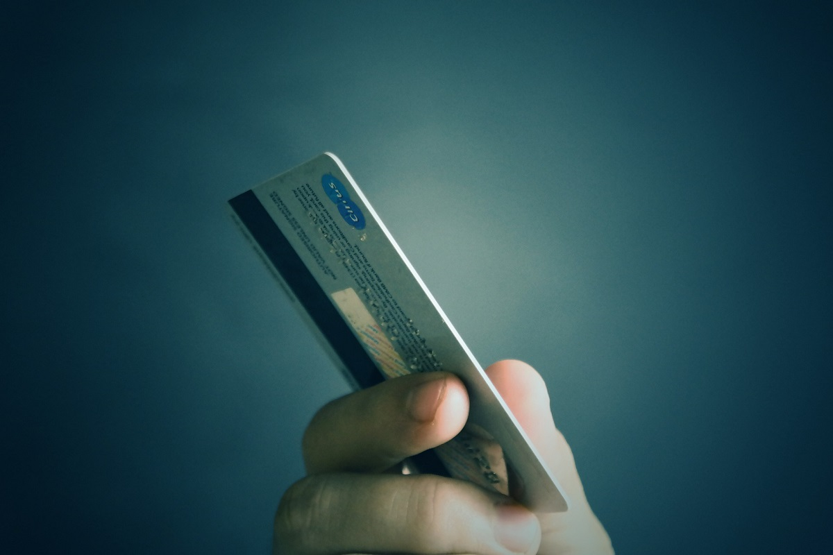 Things That Don't Affect Credit Score | Debit Card Payments | Hippo.co.za