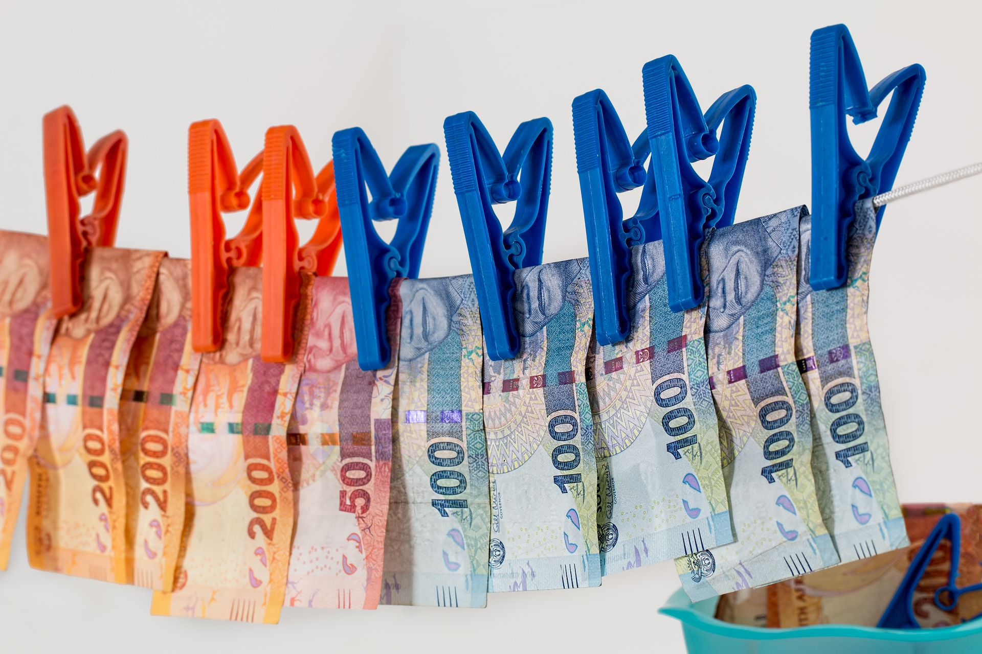Top 3 Customer Service Banks | Personal Loan | Hippo co za