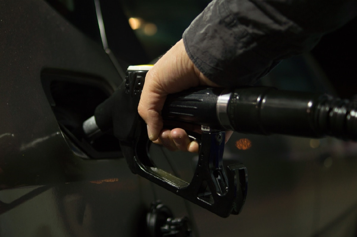 What Motorists can Expect for Petrol Prices in 2018 | Car Insurance | Hippo.co.za